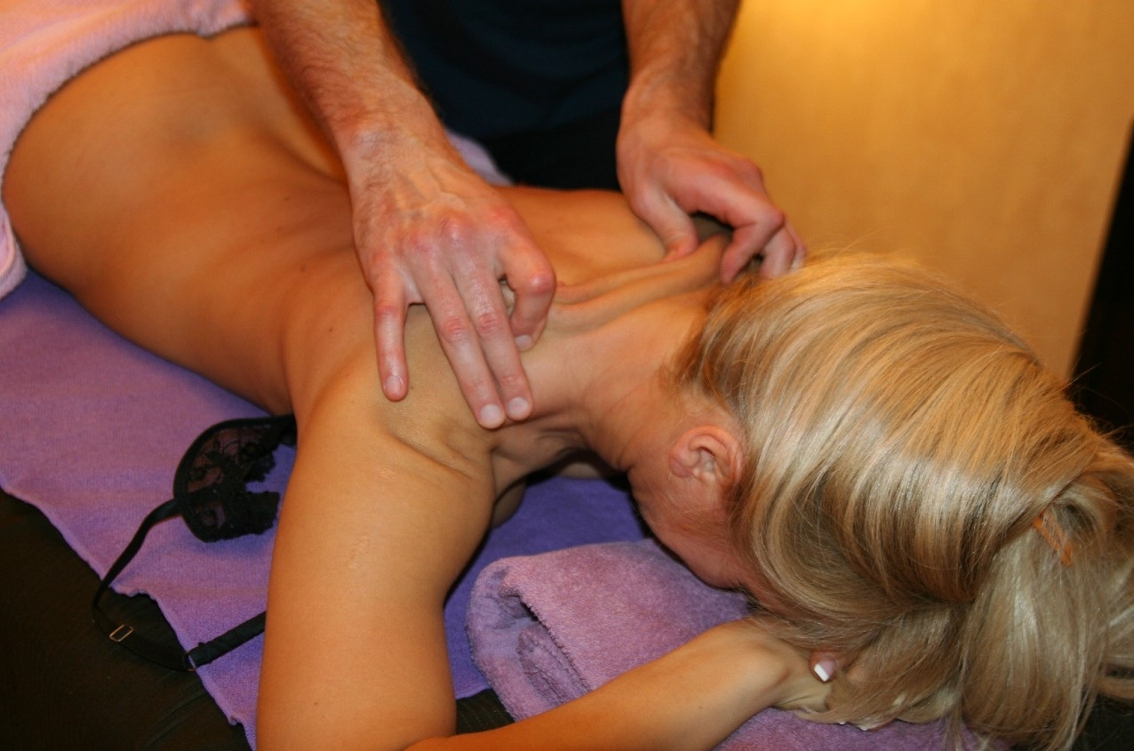 Фото інцест масаж 18 фотография