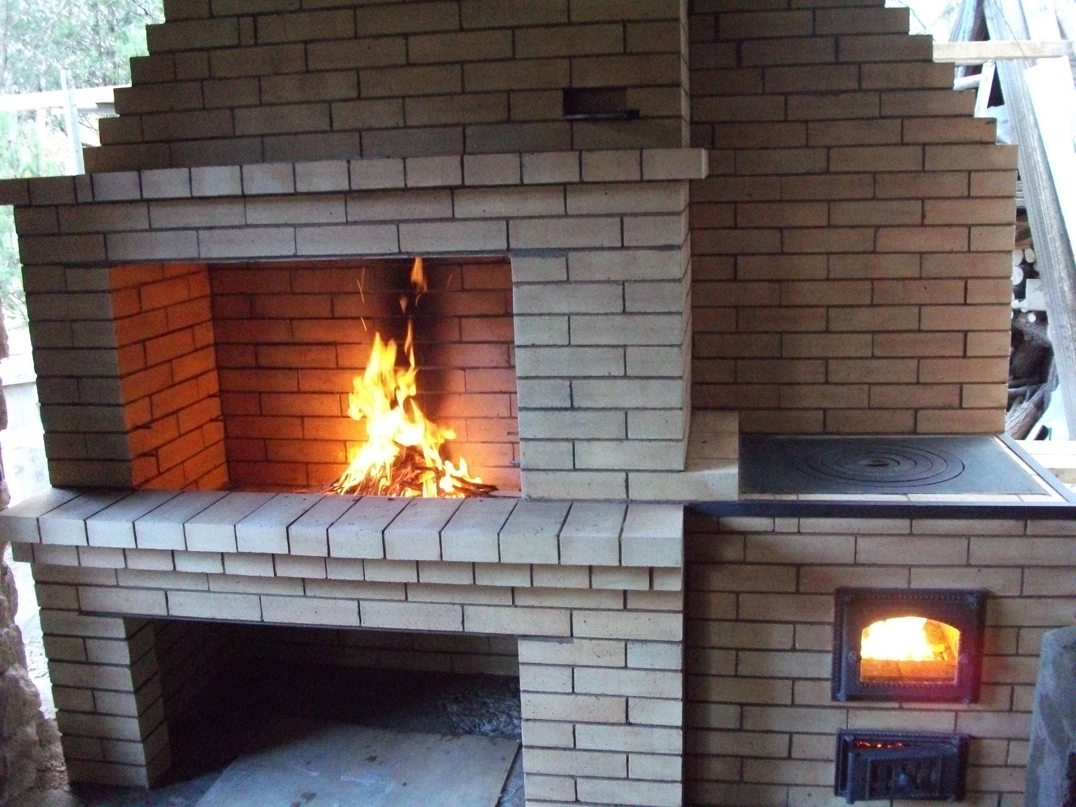 Маленькая печь для дачи: выбор между металлом и кирпичом и схема 71