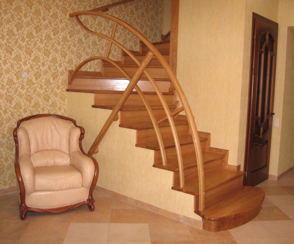 Как сделать в доме межэтажную лестницу