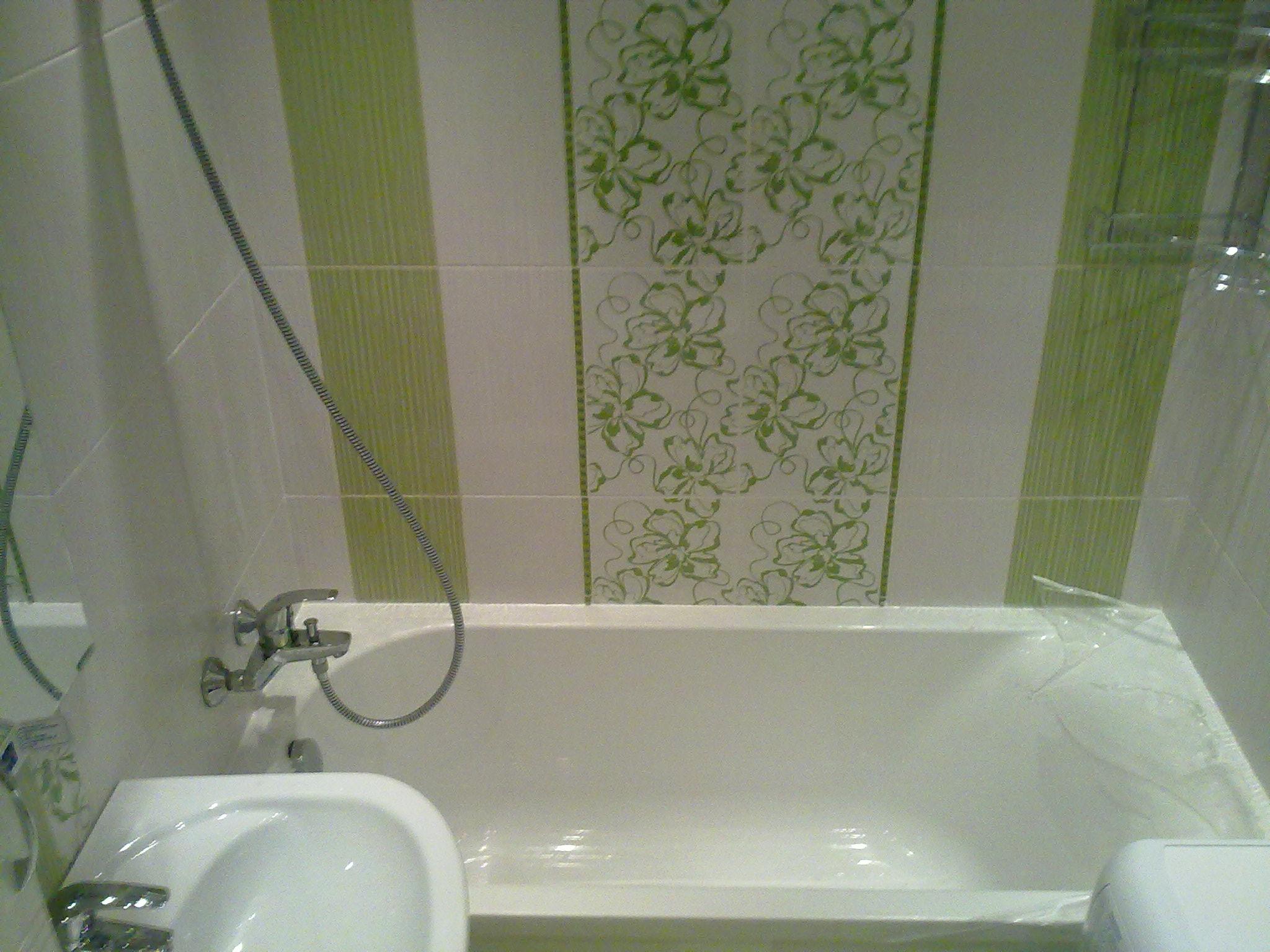 Как закрепить ванну к стене и полу чтобы не шаталась 31