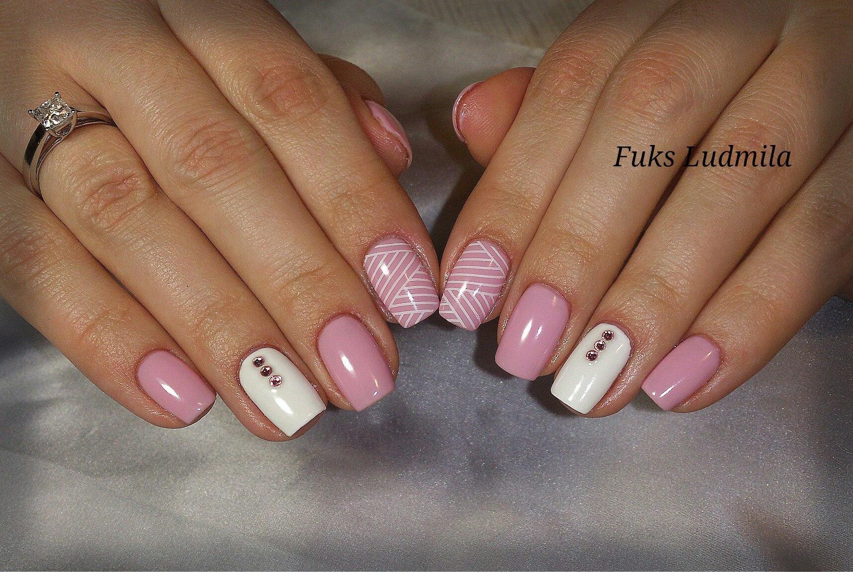 Дизайн ногтей с полным покрытием